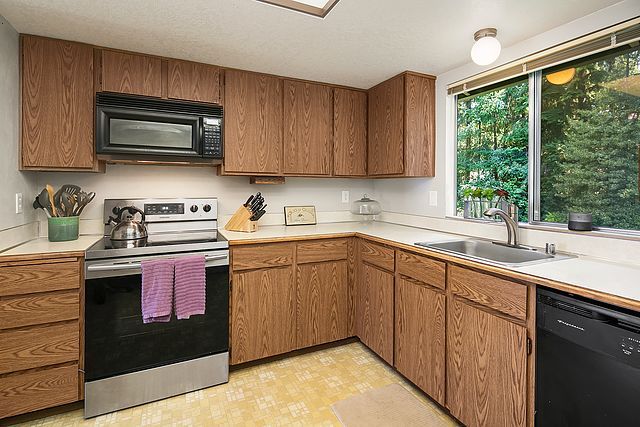 SOLD MLS # 1328732 Bothell