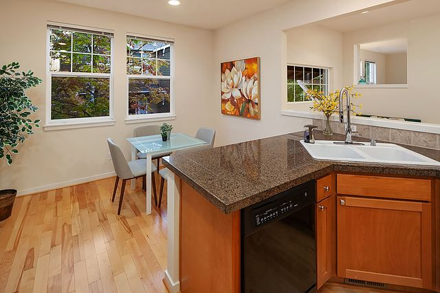 1 Sold 1363782 Issaquah